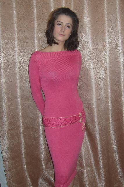 вяжем красивые платья для девочек.